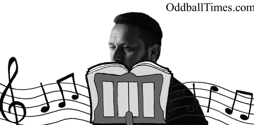 Weiss aka Richard Dinsdale hiding behind a music stand. By Oddball Times